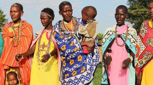 Những phong tục kỳ lạ của thổ dân Massai: Dùng gia súc đổi... vợ - Ảnh 2.