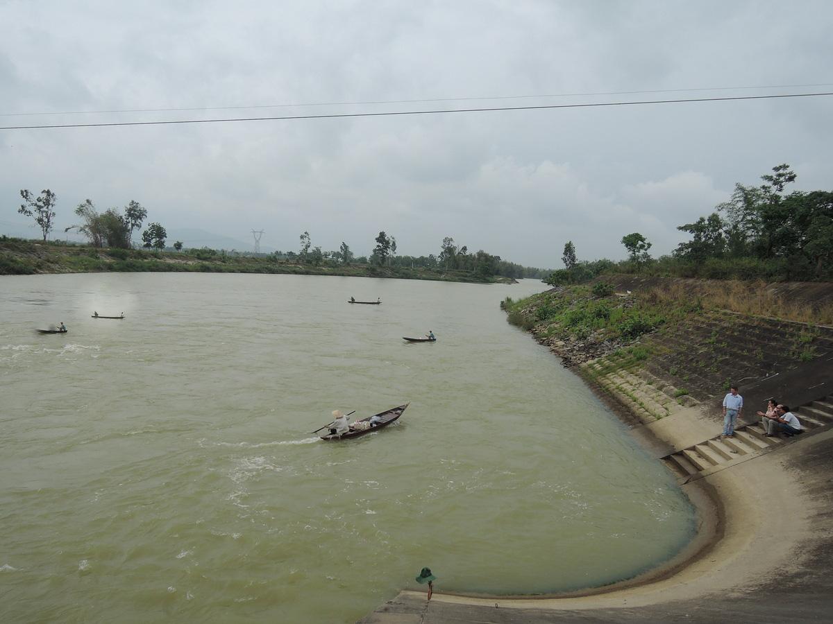 Kể chuyện làng: Tháng Giêng ăn cá mòi sông Yên - Ảnh 7.