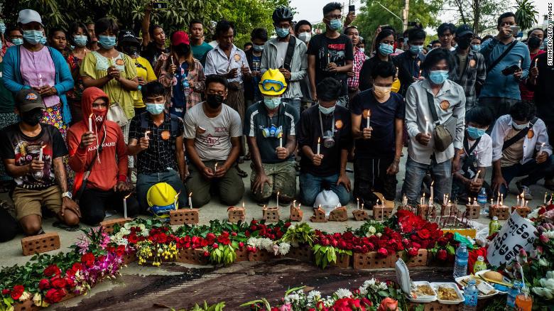 """Khủng hoảng Myanmar: Người dân bắt đầu """"cuộc đình công im lặng"""" trên toàn quốc  - Ảnh 1."""