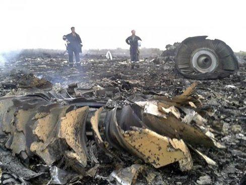 Rùng mình với 4 lời tiên đoán về tai nạn máy bay rơi - Ảnh 2.