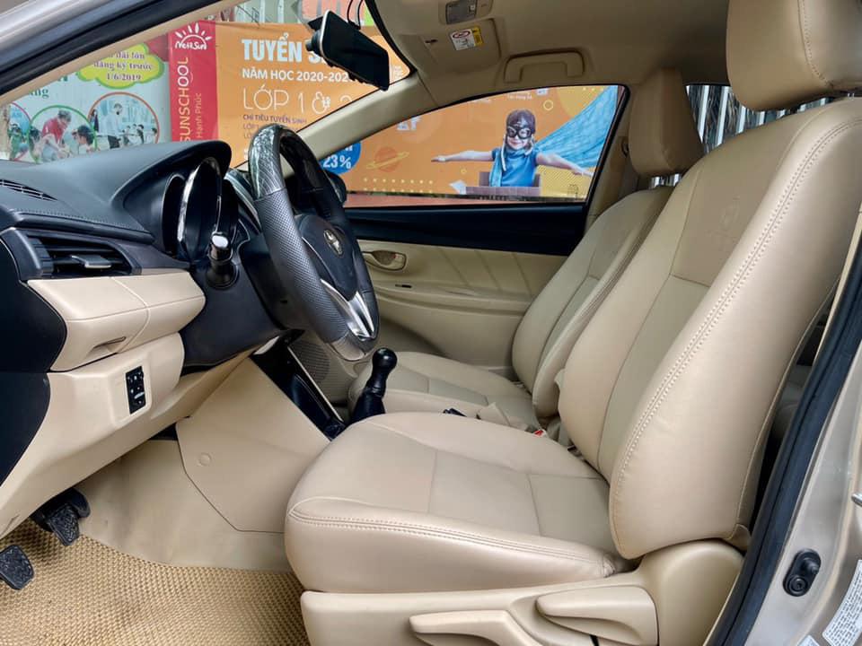 Toyota Vios số sàn chạy 5 vạn, màu vàng cát, rao bán giá khó tin - Ảnh 4.
