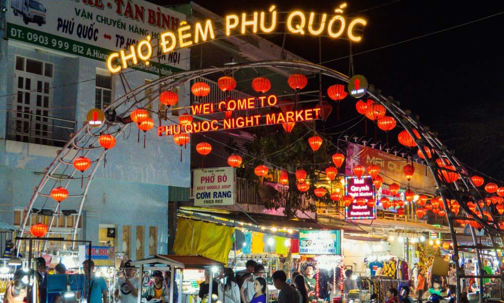 Du lịch Phú Quốc: Đến chợ đêm có gì hay? - Ảnh 1.