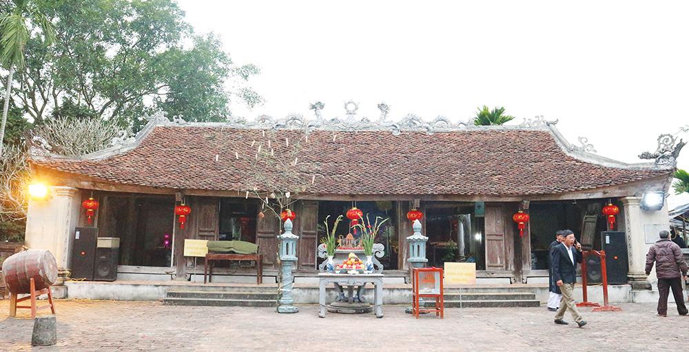 Ngoi-den-2300-nam-thoi-Hung-Vuong-nhung-lai-mang-ten-Quoc-te-den-quoc-te-1-1582431594-width1000height511-1616670390391