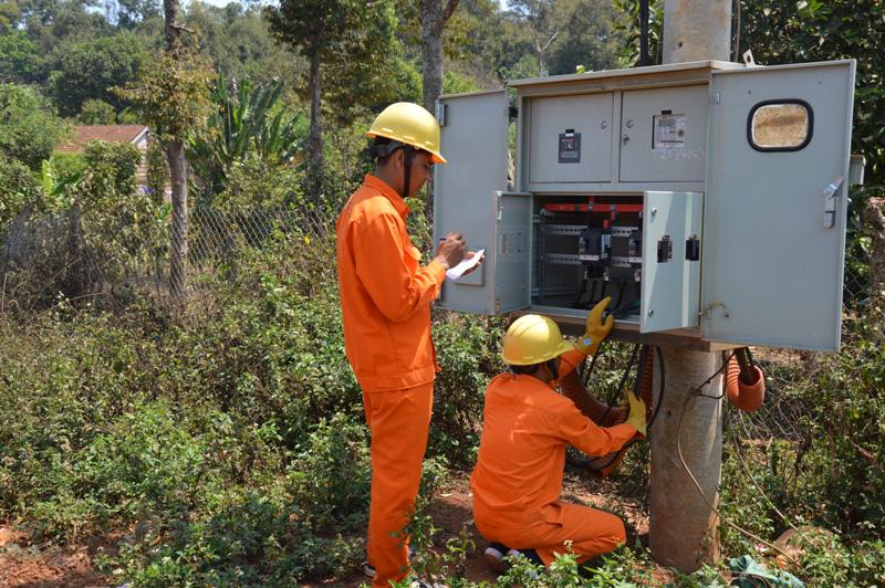 PC Đắk Nông: Tăng cường phòng cháy, chữa cháy, vận hành lưới điện an toàn - Ảnh 1.