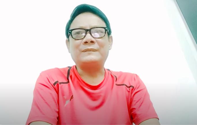 """Nghệ sĩ Tấn Hoàng tuổi U60 vẫn ở nhà thuê, ngất xỉu ở sân bay: """"Tôi cũng không chết sớm đâu"""" - Ảnh 1."""