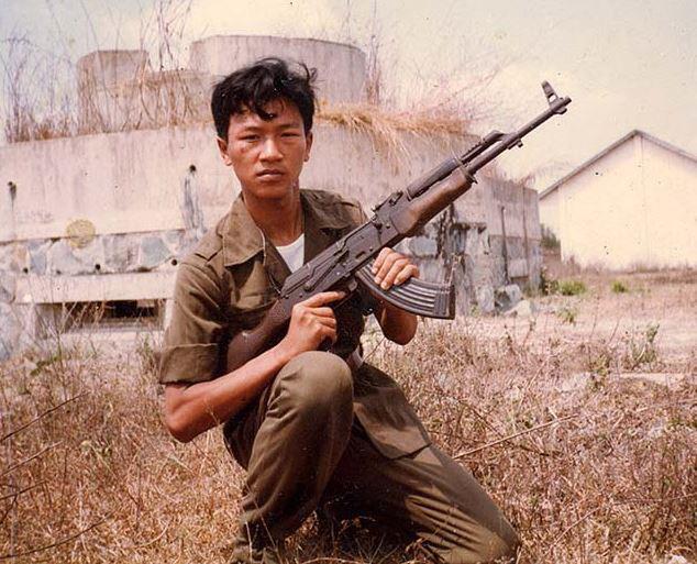 """Việt Nam muốn cải biên súng AKM theo hướng """"chiến thuật""""? - Ảnh 8."""