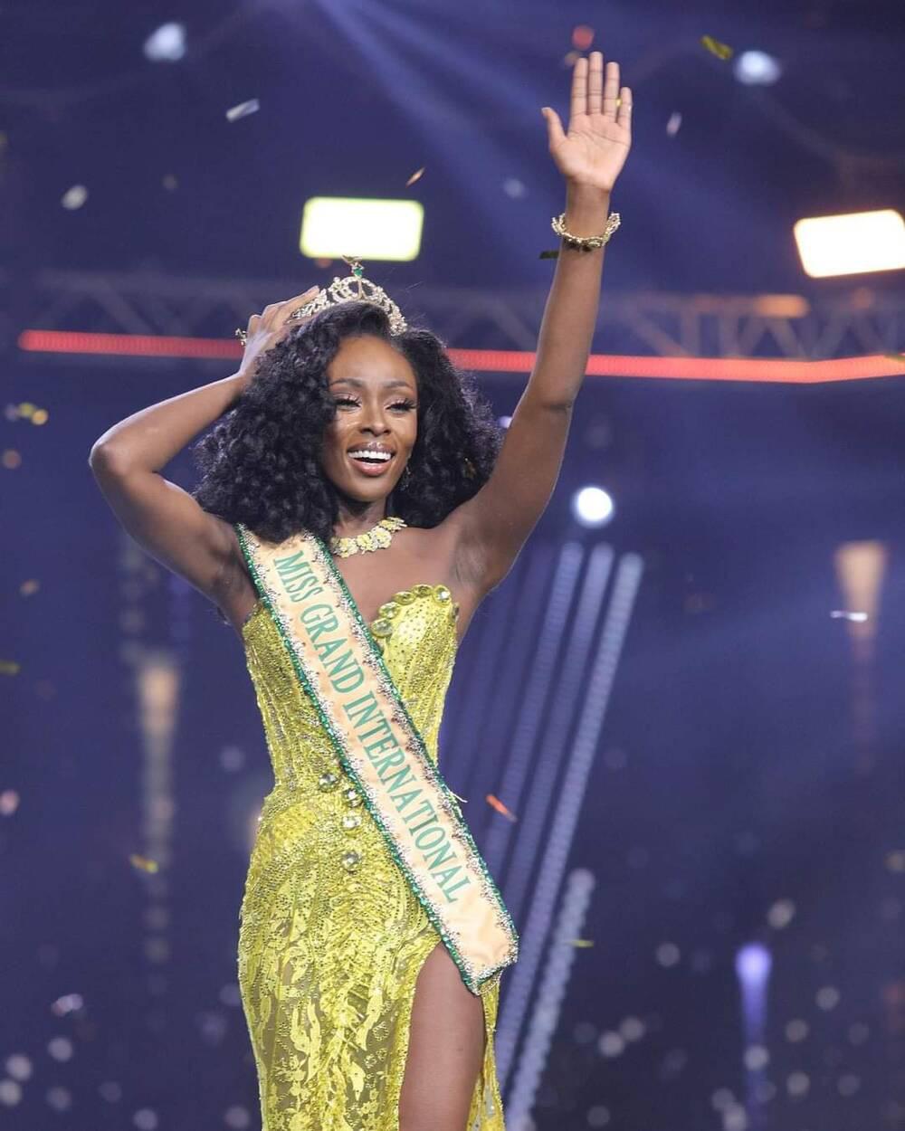 Người đẹp Mỹ gục ngã lúc đăng quang Miss Grand 2020, Ngọc Thảo trượt top 10 gây tiếc nuối - Ảnh 1.