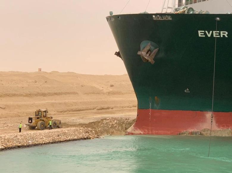 Ảnh thế giới 7 ngà qua: Ùn tắc kênh đào Suez và ngập lụt nặng nề nhất 60 năm qua tại Sydney - Ảnh 1.