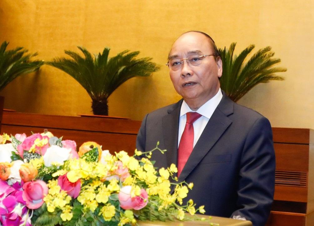 Thủ tướng Nguyễn Xuân Phúc ứng khẩu 2 câu thơ vui sau khi quán triệt Nghị quyết Đại hội XIII - Ảnh 1.