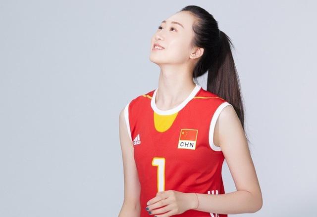 """Lộ hình xăm, """"nữ thần"""" bóng chuyền Trung Quốc  bất ngờ giải nghệ - Ảnh 7."""
