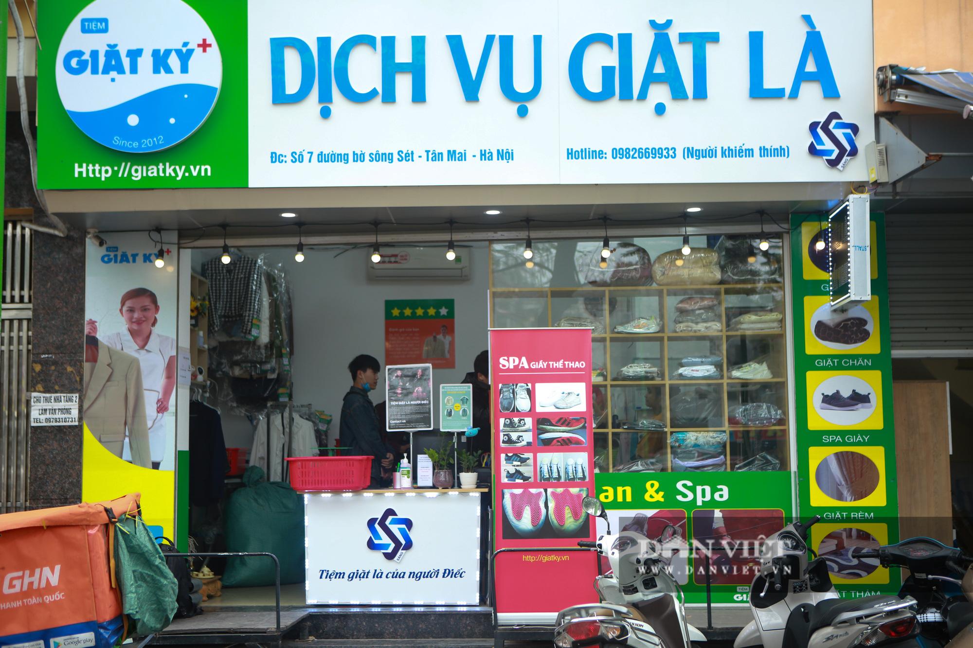 Tiệm giặt là không tiếng nói của những cô gái xinh đẹp tại Hà Nội - Ảnh 1.