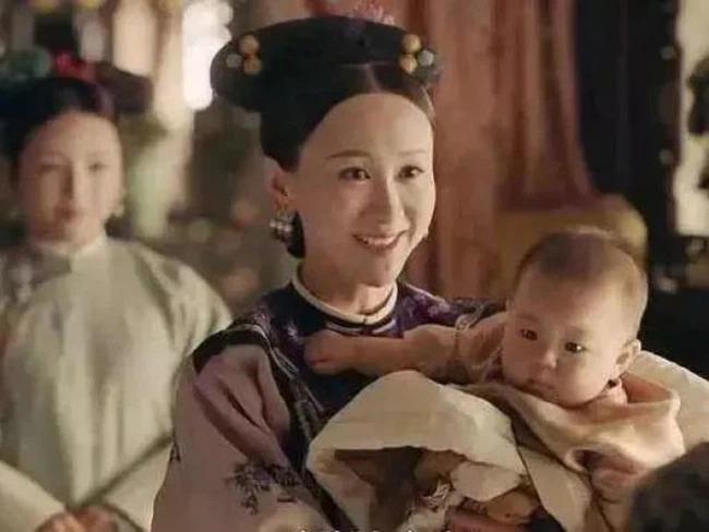 Nữ nhân quý tộc Trung Hoa có thể tự mình cho con bú nhưng vẫn mời thêm nhũ mẫu, nguyên nhân thật sự là gì? - Ảnh 1.