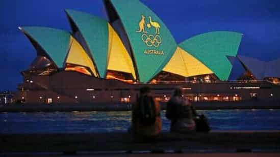 Thành phố lớn thứ 3 của Úc bước vào đợt giãn cách xã hội - Ảnh 1.