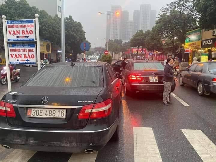 Người sử dụng xe Mercedes Benz biển giả có thể bị tịch thu, truy cứu trách nhiệm hình sự? - Ảnh 1.