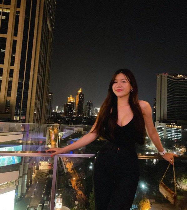 """Bạn gái Đặng Văn Lâm - Yến Xuân khoe cặp """"tuyết lê"""" căng tròn, đẹp """"nhức mắt"""" - Ảnh 10."""