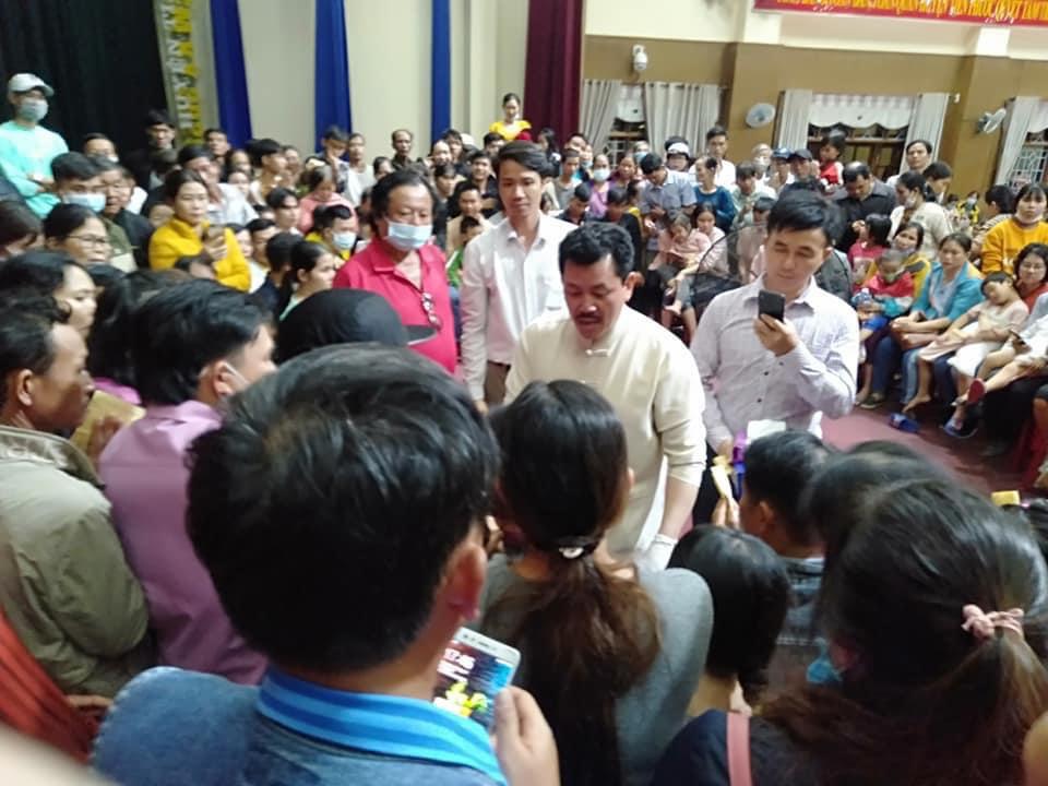 Lương y Võ Hoàng Yên từng về Quảng Nam hỗ trợ quà và khám bệnh miễn phí cho người dân   - Ảnh 2.