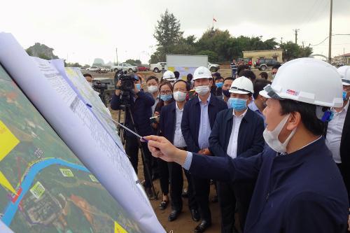 Bộ trưởng Nguyễn Văn Thể: Cao tốc Bắc – Nam sẽ hoàn thành đúng tiến độ - Ảnh 1.