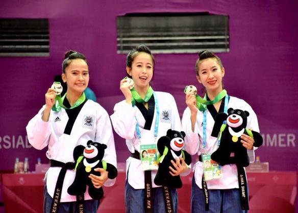 Ngô Thị Thùy Dung: Mỹ nhân Taekwondo tài sắc, văn võ vẹn toàn - Ảnh 1.
