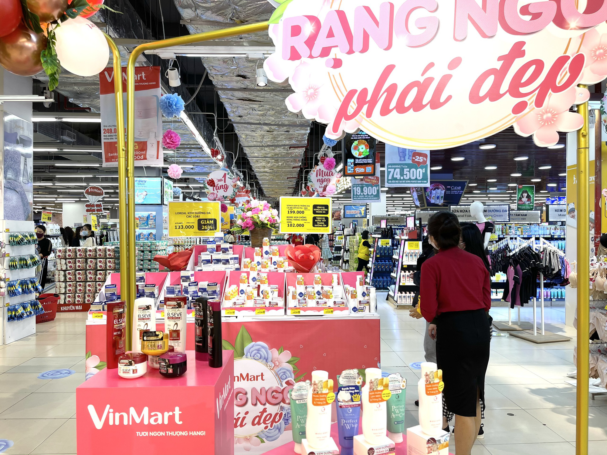 Ngày Quốc tế Phụ nữ 8/3: VinMart/VinMart  gợi ý bí kíp chọn quà 8/3 được lòng phái đẹp - Ảnh 5.