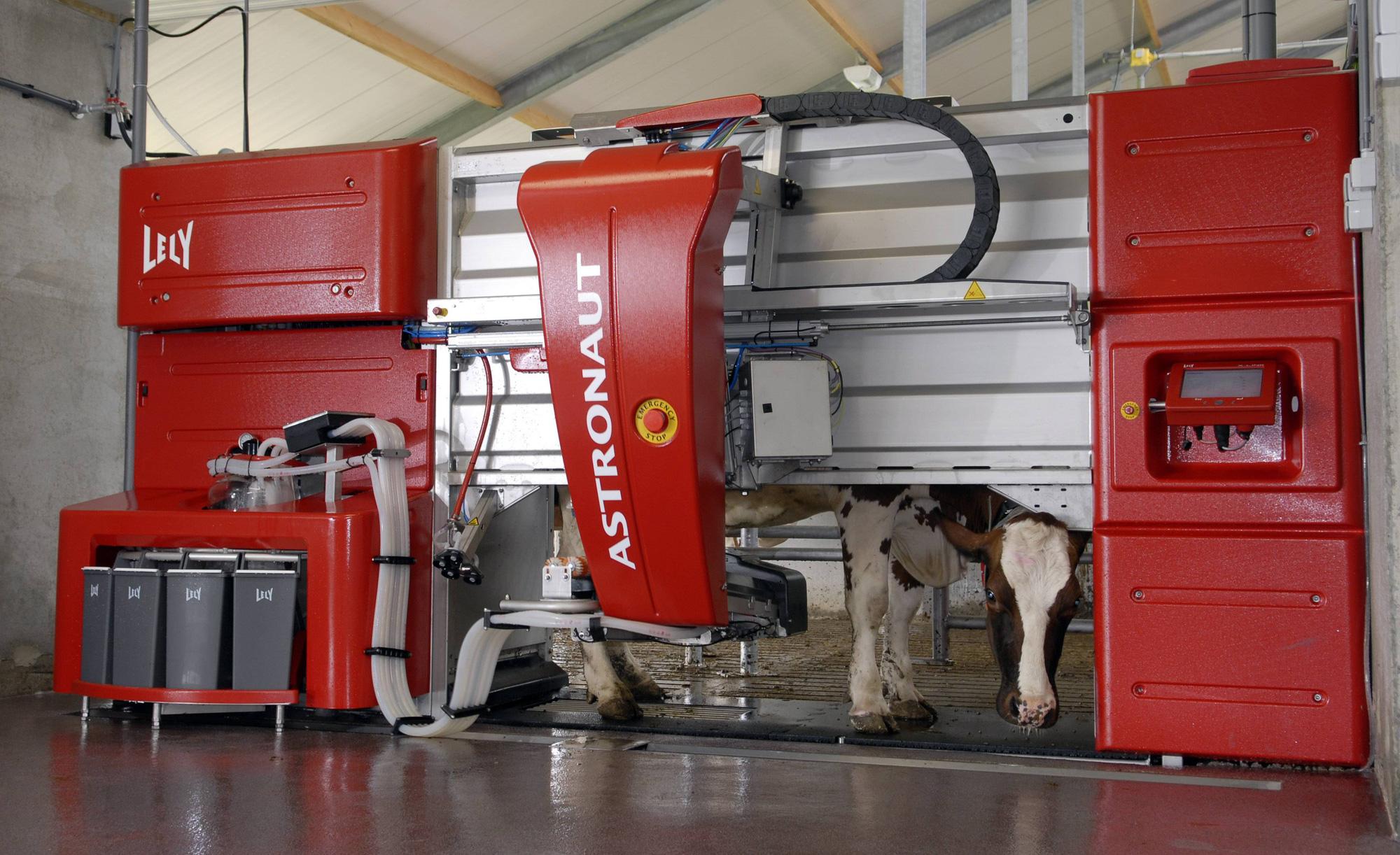 5 loại máy nông nghiệp hàng đầu thế giới giúp canh tác hiện đại và năng suất hơn - Ảnh 2.