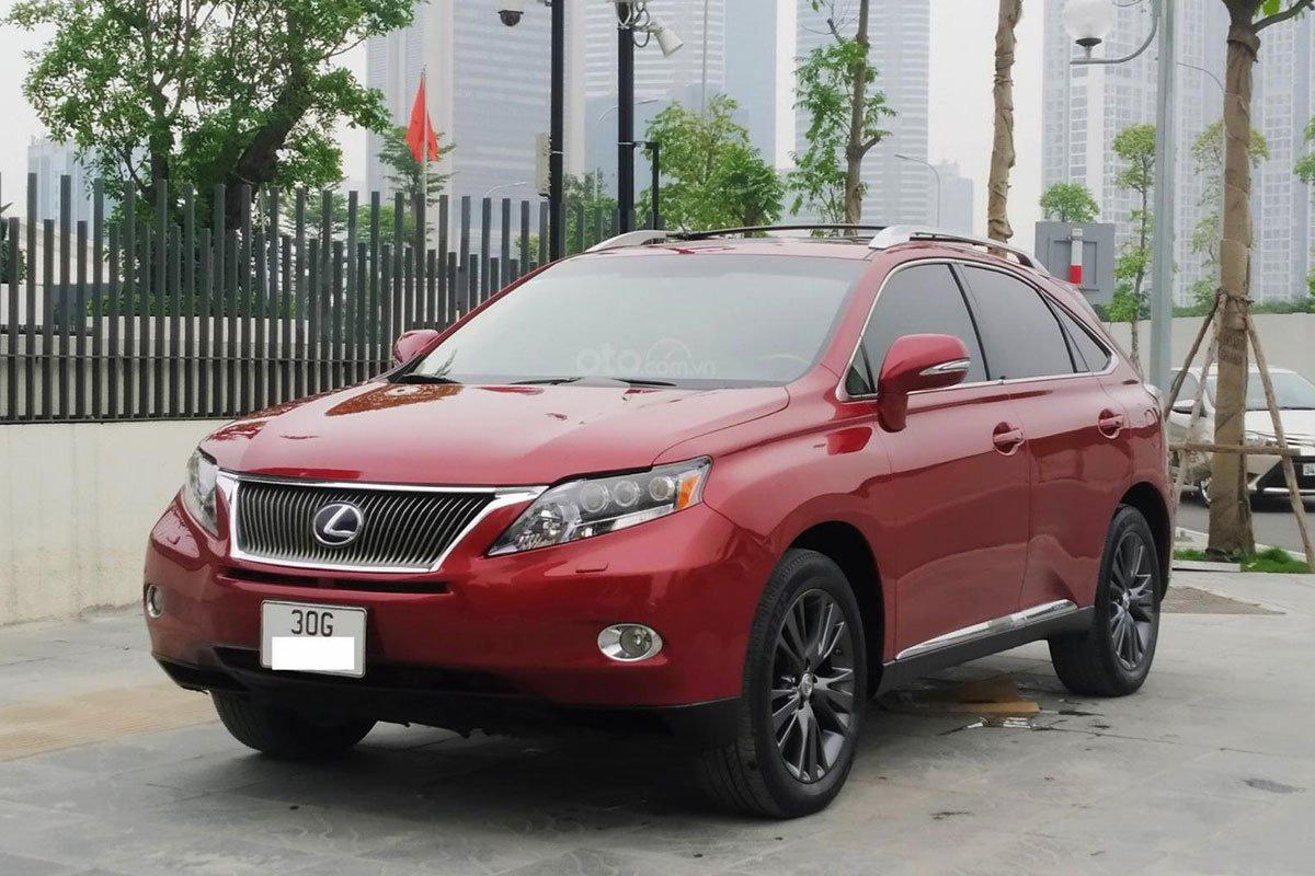 Xe Lexus RX dùng 10 năm, chạy 7 vạn, vẫn rao bán tiền tỷ - Ảnh 1.