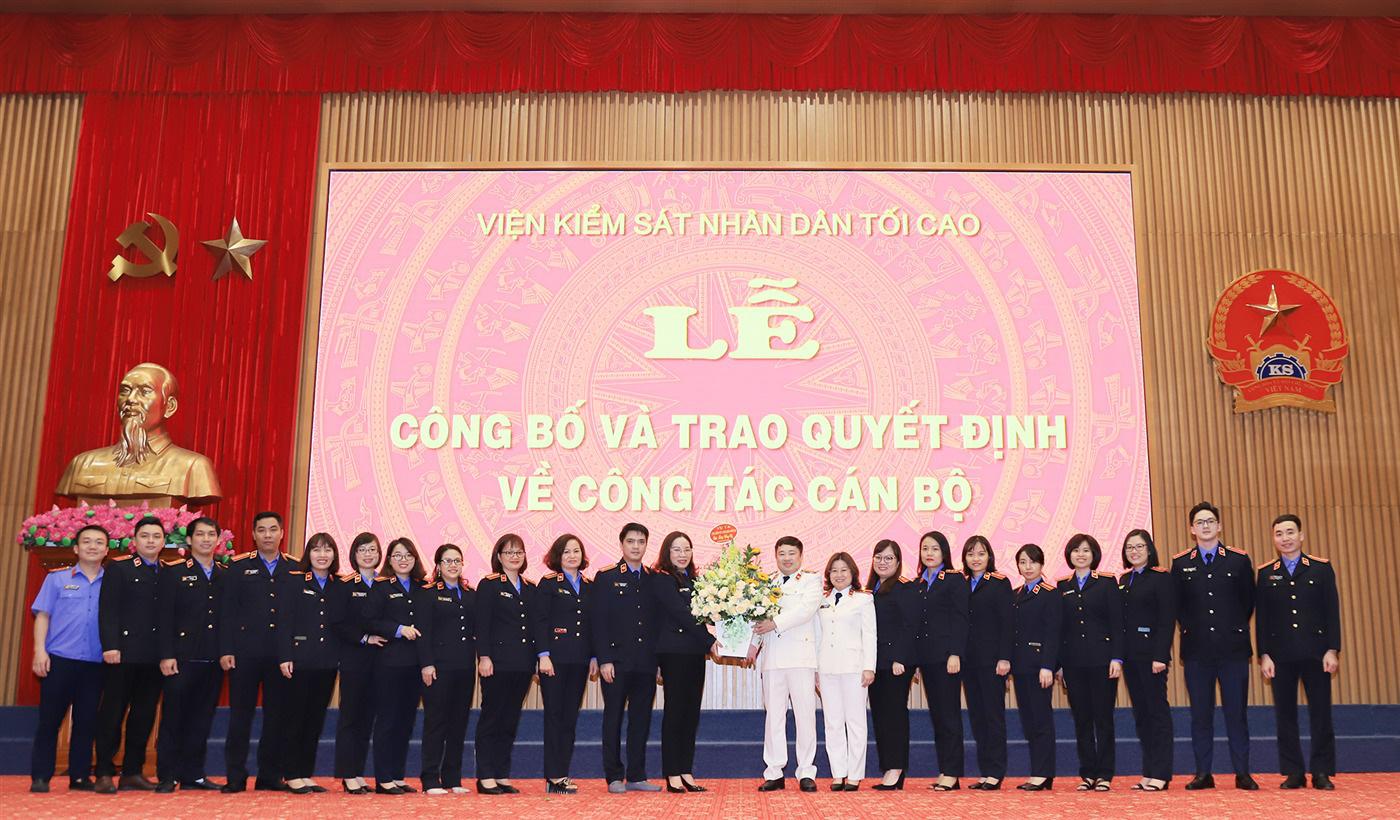 Viện trưởng Lê Minh Trí điều động nhiều Kiểm sát viên cao cấp, trung cấp - Ảnh 3.