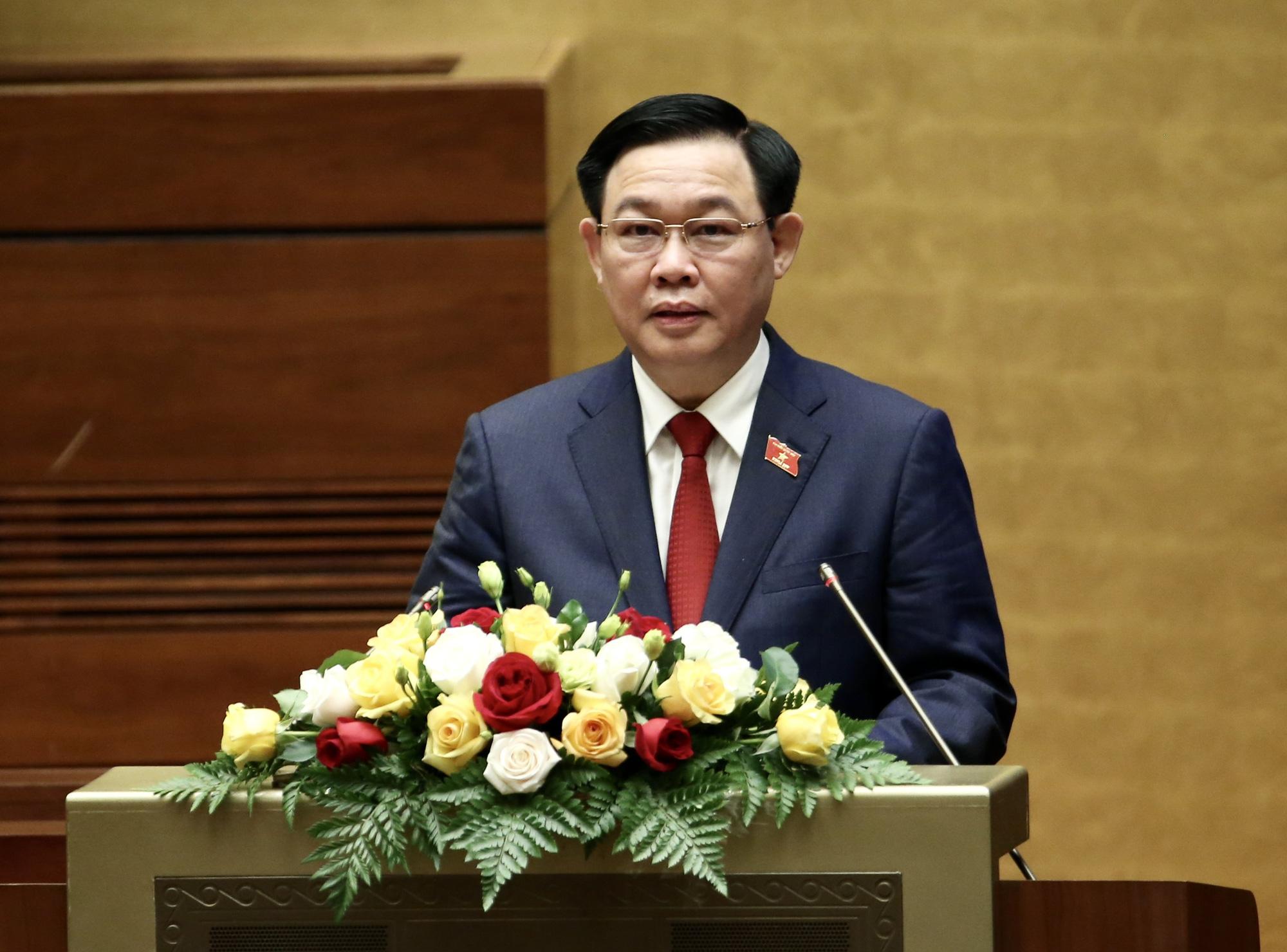 Ảnh: Tân Chủ tịch Quốc hội Vương Đình Huệ tuyên thệ nhậm chức, điều hành phiên họp - Ảnh 4.