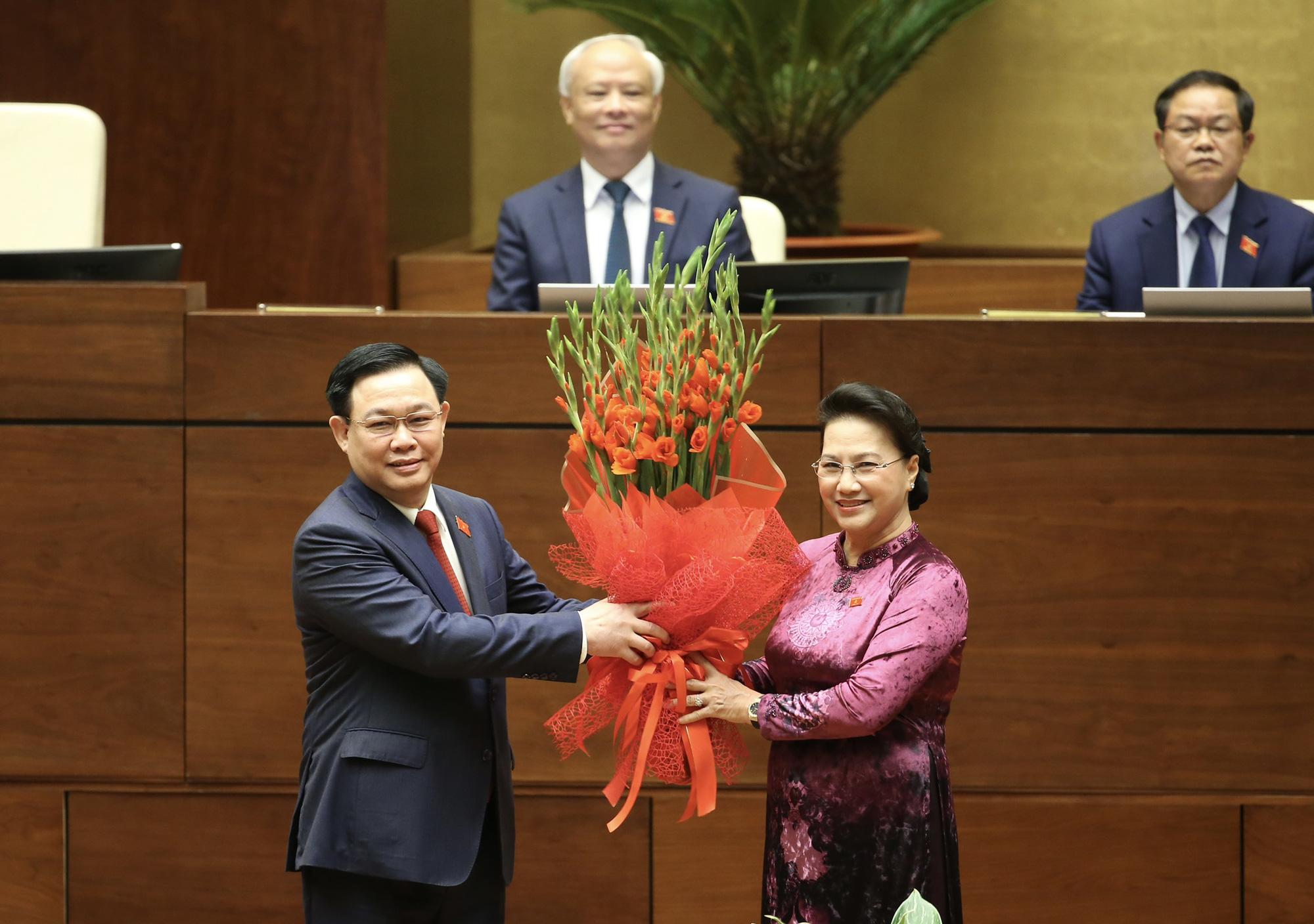 Ảnh: Tân Chủ tịch Quốc hội Vương Đình Huệ tuyên thệ nhậm chức, điều hành phiên họp - Ảnh 5.
