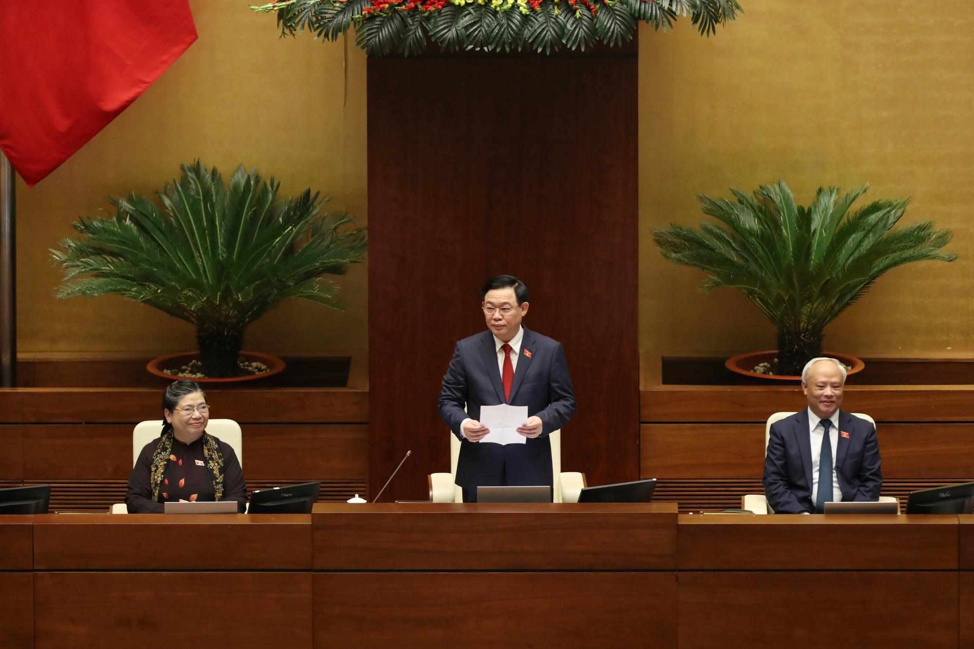 Ảnh: Tân Chủ tịch Quốc hội Vương Đình Huệ tuyên thệ nhậm chức, điều hành phiên họp - Ảnh 6.