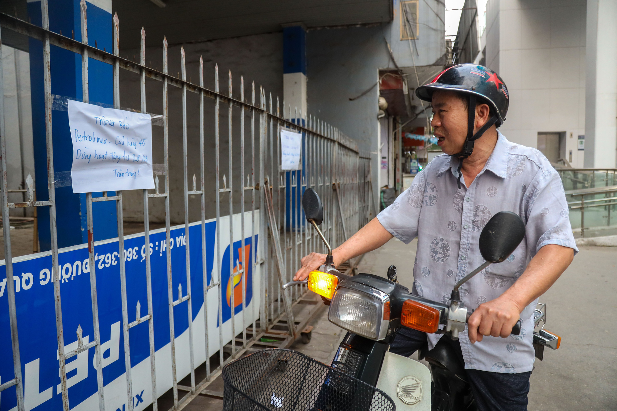 """Đóng cửa cây xăng """"đe dọa"""" an toàn đường sắt Cát Linh - Hà Đông - Ảnh 8."""