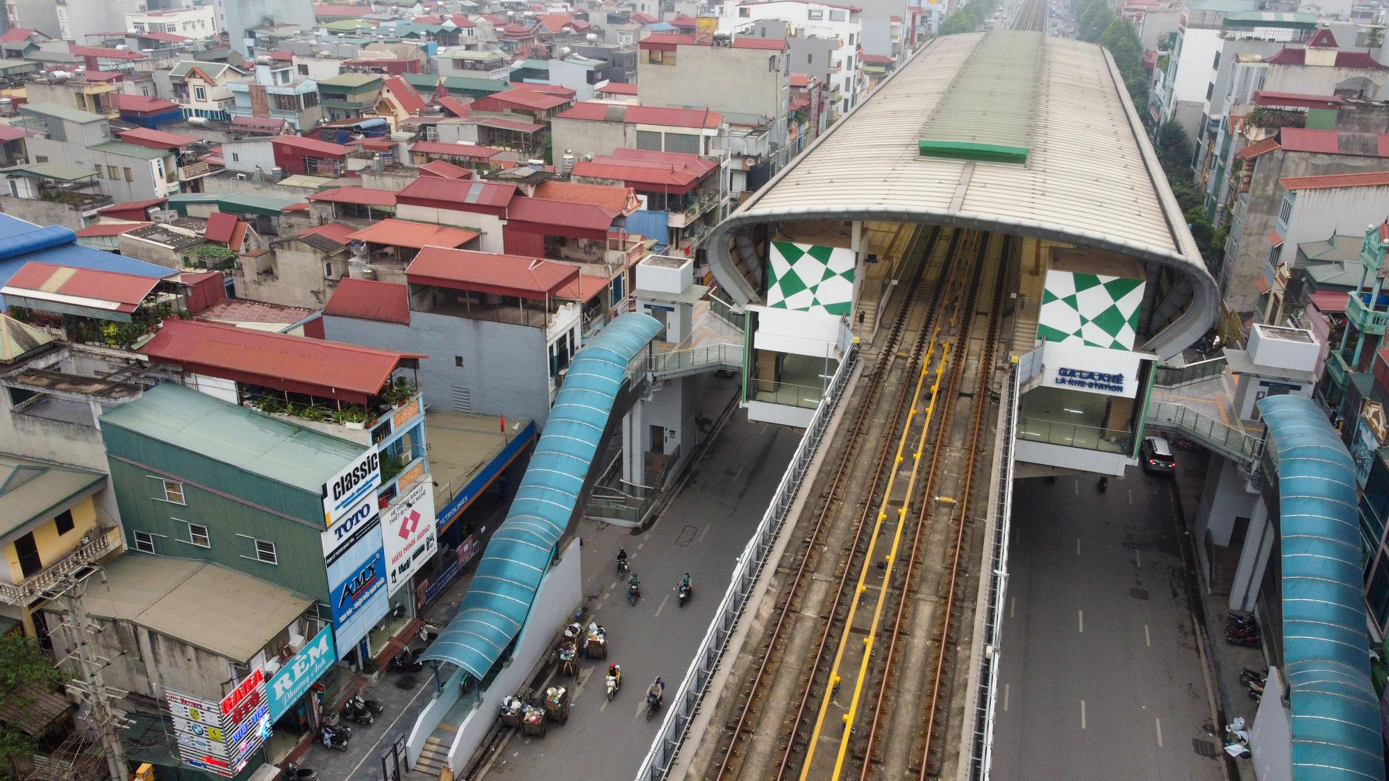 """Đóng cửa cây xăng """"đe dọa"""" an toàn đường sắt Cát Linh - Hà Đông - Ảnh 11."""