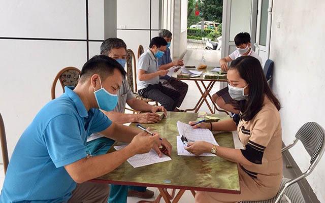 Lao động tại Hà Nội bị ảnh hưởng bởi dịch Covid -19 được nhận hỗ trợ từ gói 62.000 tỷ đồng vào cuối năm 2020. Ảnh: N.T