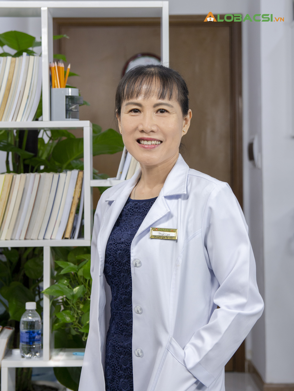 """Nữ bác sĩ Hồ Phạm Thục Lan: Người """"giải mã"""" bí ẩn về loãng xương - Ảnh 3."""