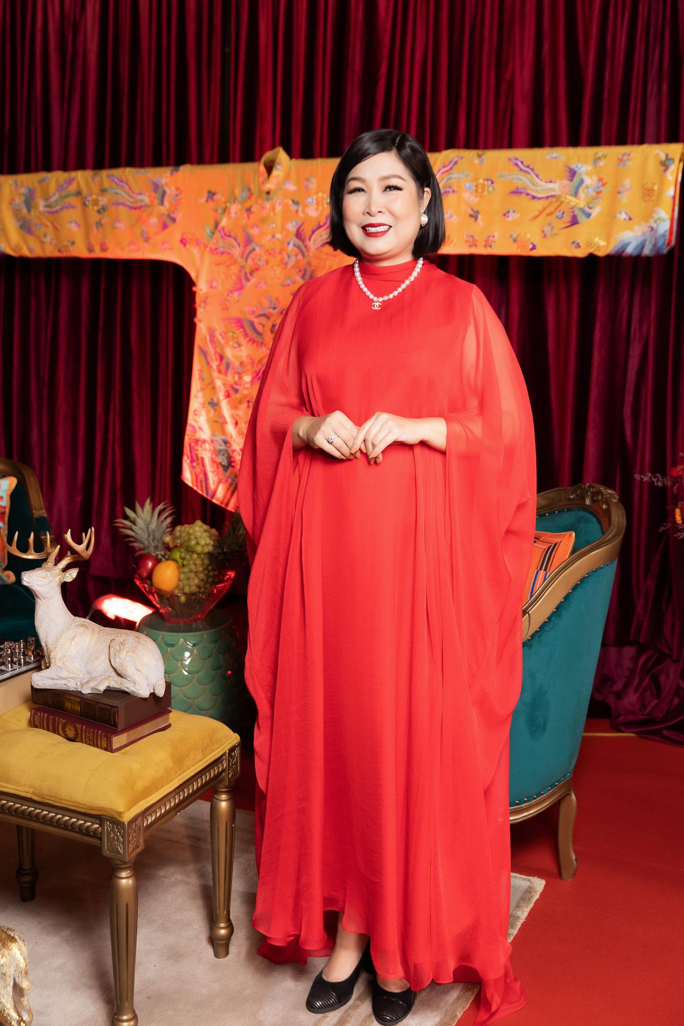 """Kaity Nguyễn không hề lép vế khi diễn cùng """"gái già lắm chiêu"""" Lê Khanh và Hồng Vân - Ảnh 5."""