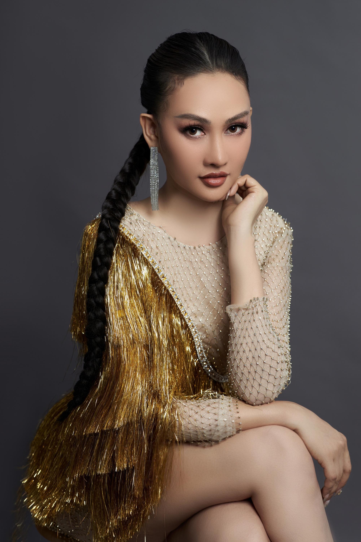 Á hậu Kim Duyên quyến rũ, mặn mà sau 1 năm chữa bệnh trầm cảm  - Ảnh 4.