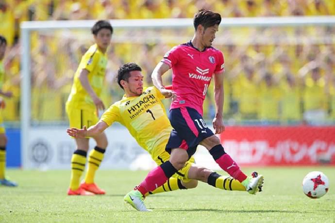 Thủng lưới 3 bàn/trận, thủ môn Hàn Quốc bị Đặng Văn Lâm lấy chỗ? - Ảnh 1.