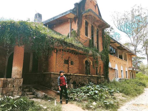 Những địa điểm bỏ hoang nhưng cực chất để check-in tại Đà Lạt - Ảnh 13.