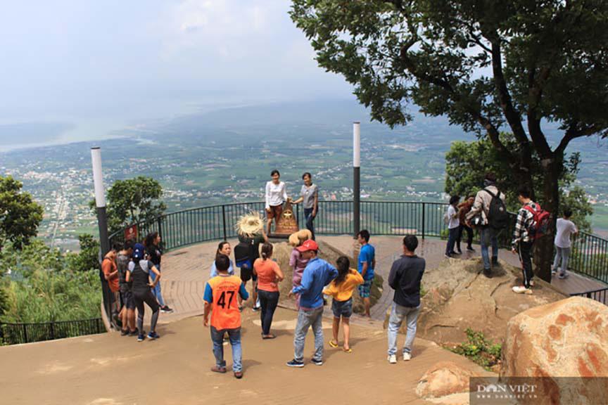 Sài Gòn: Du lịch sau Tết, doanh nghiệp lữ hành tất tả kiếm khách - Ảnh 3.