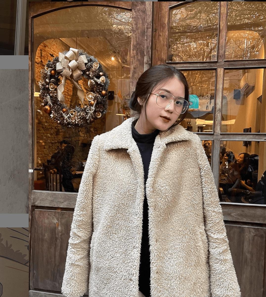 Bạn gái hậu vệ Thành Chung: Xinh đẹp, kín tiếng và đảm đang - Ảnh 8.