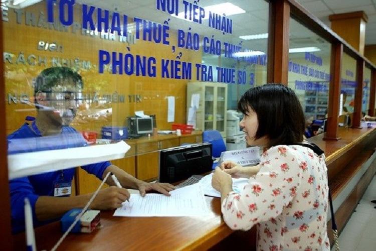 Cán bộ thuế liên tục bị khởi tố, Tổng cục thuế yêu cầu rà soát hồ sơ - Ảnh 1.