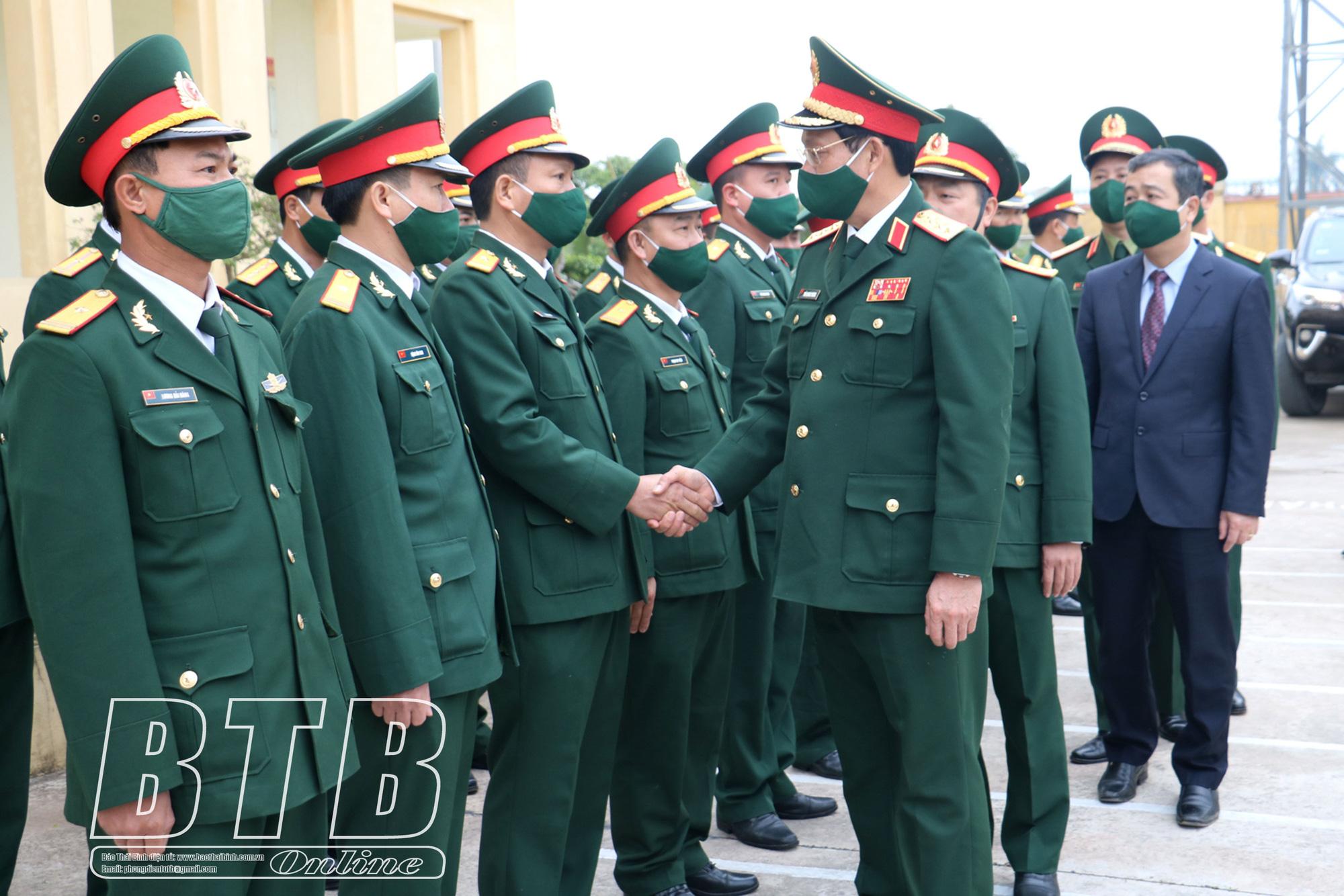 Phó Chủ nhiệm Tổng cục Chính trị QĐND Việt Nam: Đảm bảo phòng, chống Covid-19 an toàn về mọi mặt - Ảnh 1.