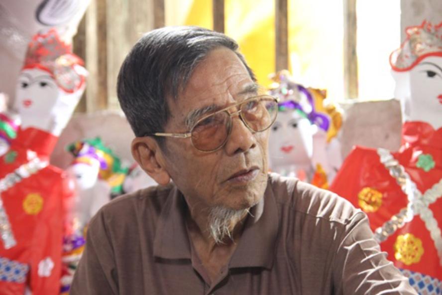 Chuyện Trần Hạnh dù nghèo khó vẫn tặng lại cát-xê bằng cả tháng lương cho Hoa Thuý - Ảnh 3.