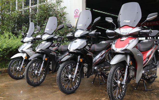 """Xe máy Trung Quốc nhái """"vua xe ga"""" Honda SH, giá cực sốc - Ảnh 1."""