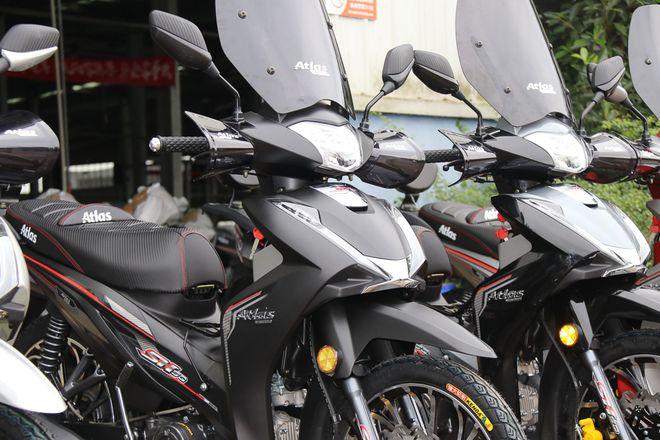"""Xe máy Trung Quốc nhái """"vua xe ga"""" Honda SH, giá cực sốc - Ảnh 3."""