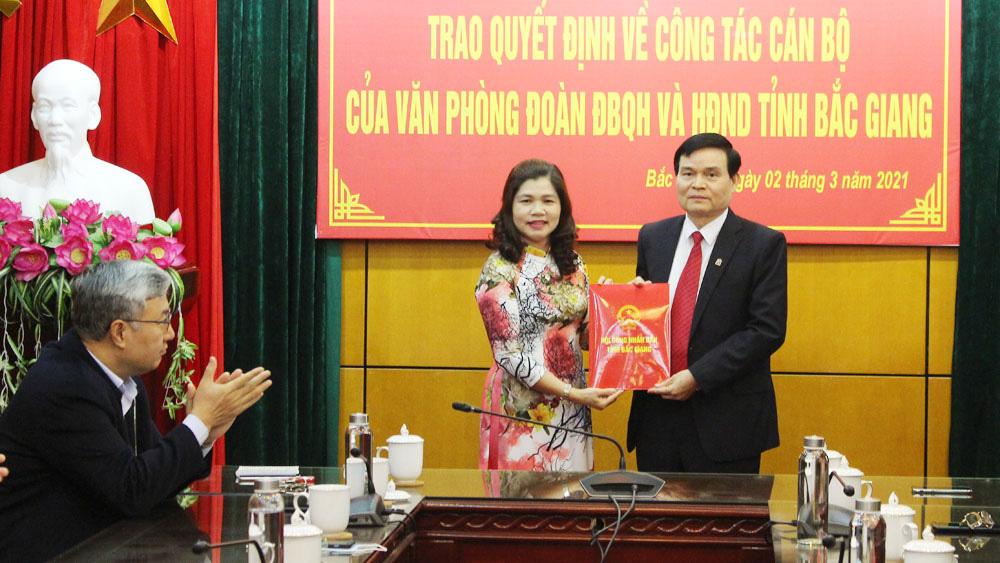 Bắc Giang bổ nhiệm Chánh Văn phòng Đoàn ĐBQH và HĐND tỉnh - Ảnh 2.