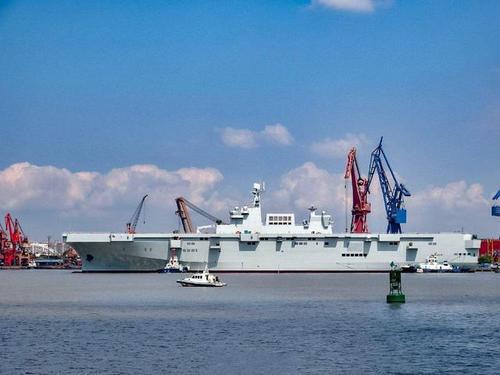 Tàu đổ bộ trực thăng tấn công đầu tiên của Trung Quốc nguy hiểm cỡ nào? - Ảnh 3.