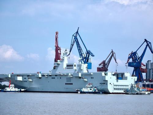Tàu đổ bộ trực thăng tấn công đầu tiên của Trung Quốc nguy hiểm cỡ nào? - Ảnh 6.