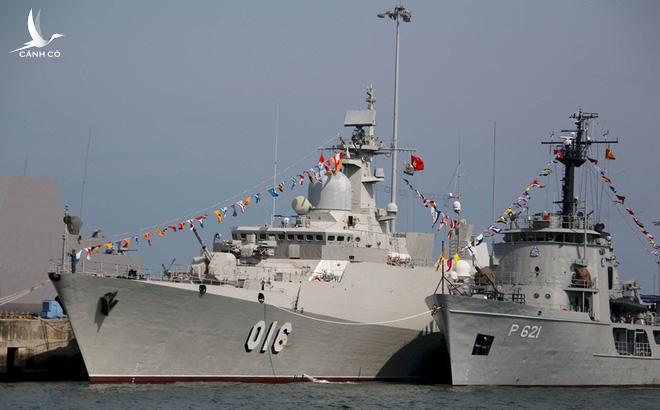 Cận cảnh 2 chiến hạm hiện đại bậc nhất Việt Nam tham gia tranh tài tại Army Games - Ảnh 10.
