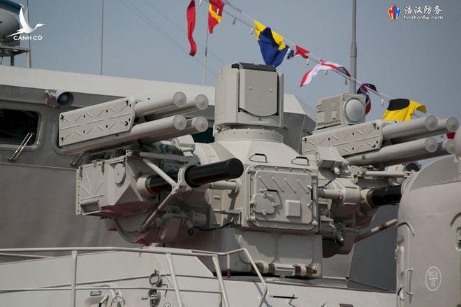 Cận cảnh 2 chiến hạm hiện đại bậc nhất Việt Nam tham gia tranh tài tại Army Games - Ảnh 13.