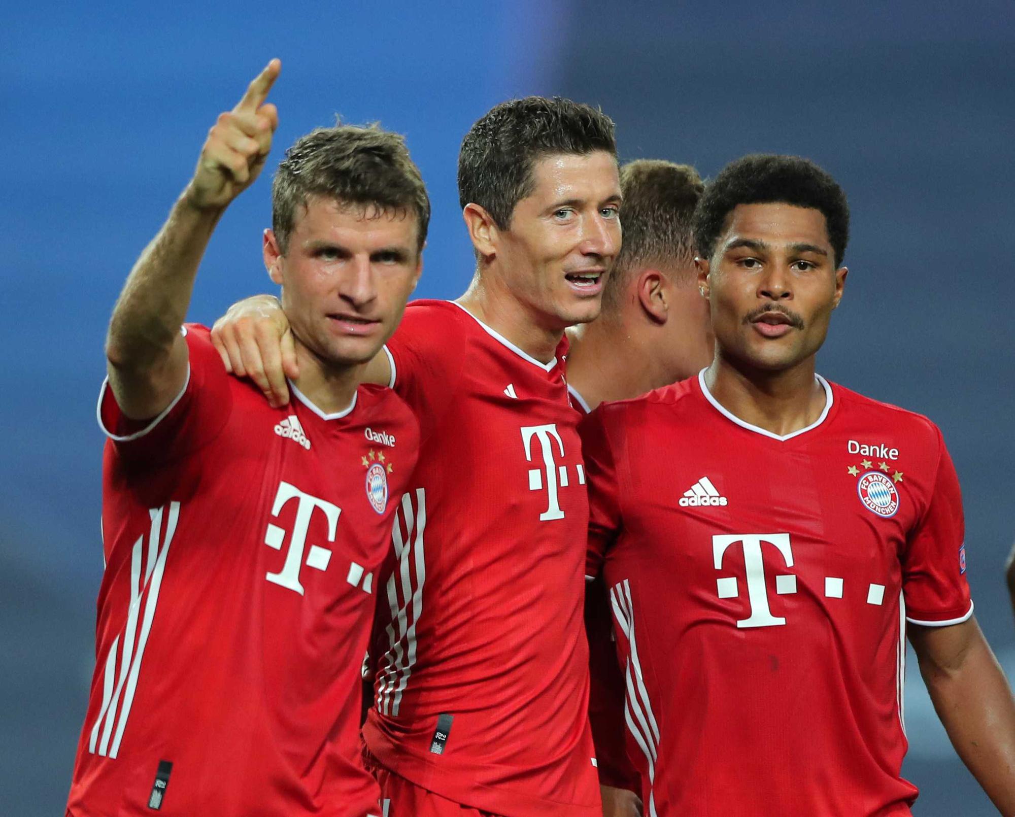 Top 10 bộ ba hay nhất châu Âu: Đáng sợ top 1, Liverpool gây thất vọng - Ảnh 2.